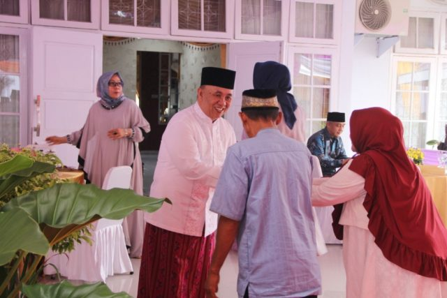 Sekda Provinsi Bengkulu Gelar Open House Idul Fitri